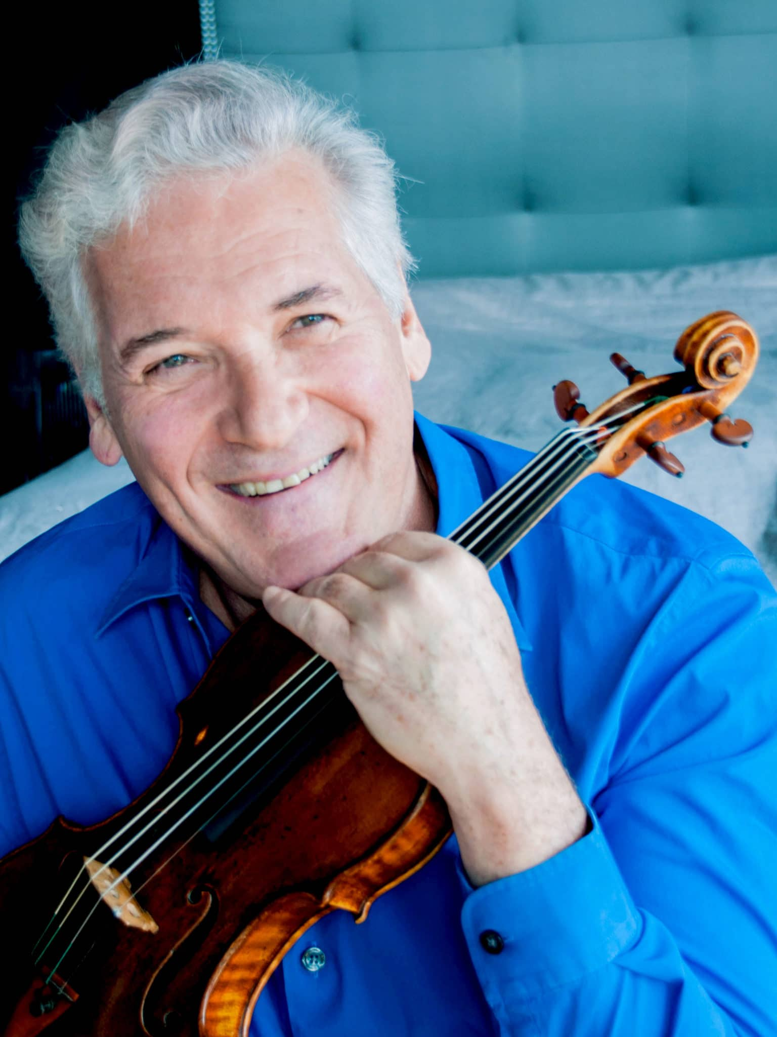 Photo of Violinist Pinchas Zukerman