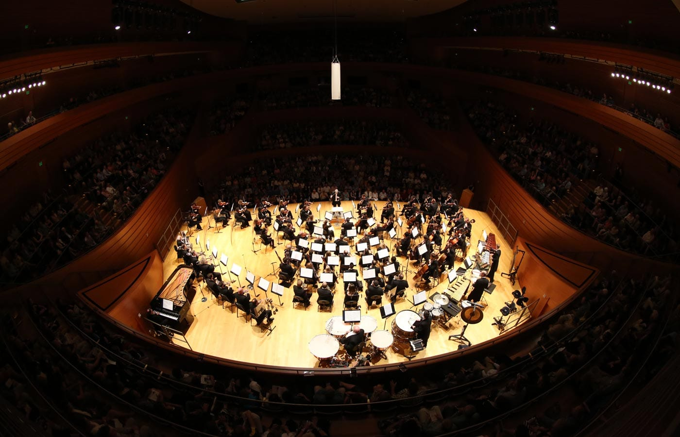 photo of the Kansas City SYmphony in Helzberg Hall, Michael Stern Music Director